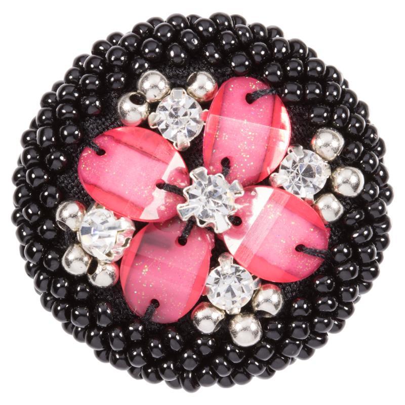 zierknopf bestickt mit schwarzen perlen und aufn hsteinen in ros. Black Bedroom Furniture Sets. Home Design Ideas